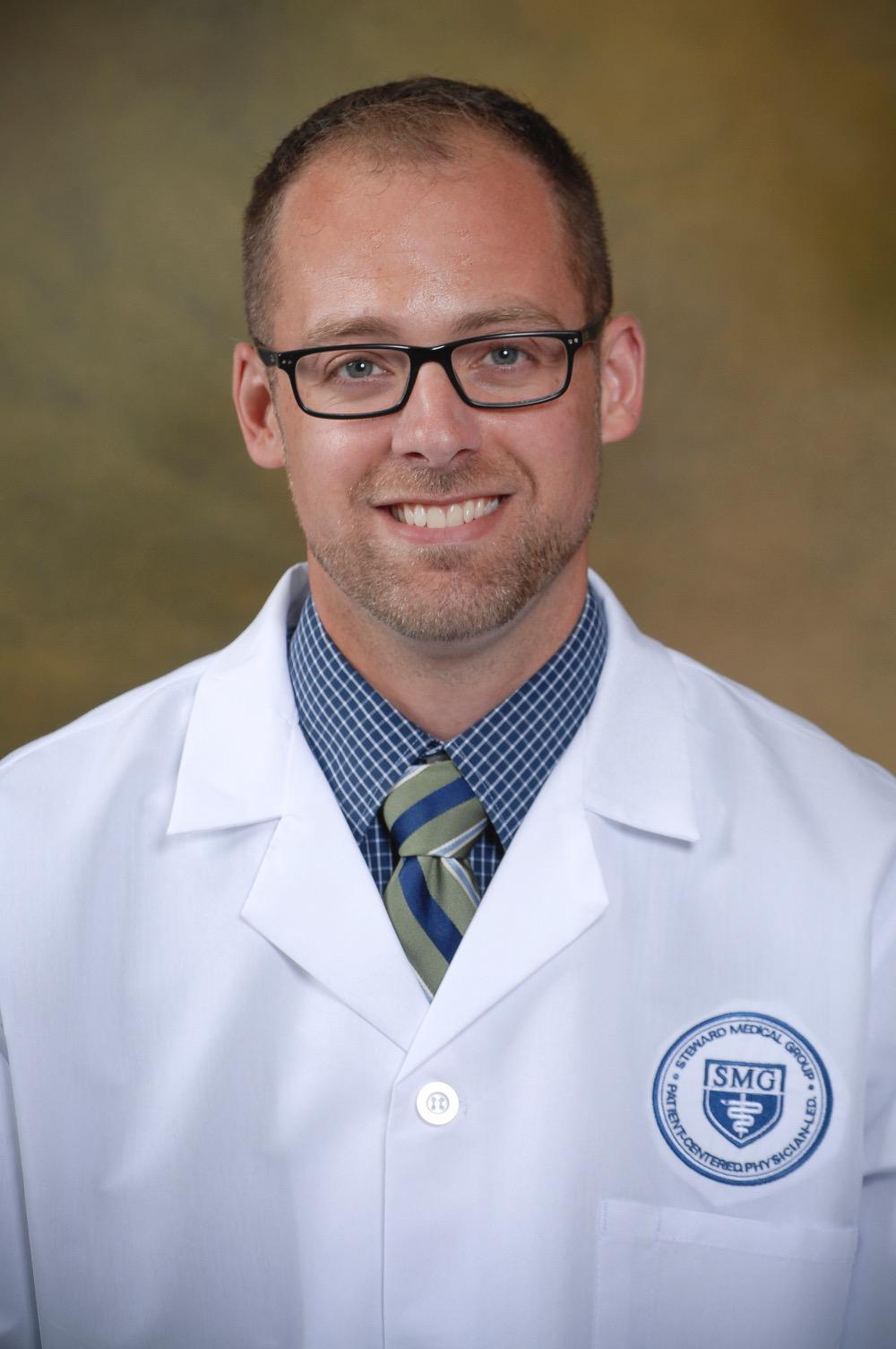 Dr. Brandon Weeks, Physical Medicine and Rehabilitation Physician