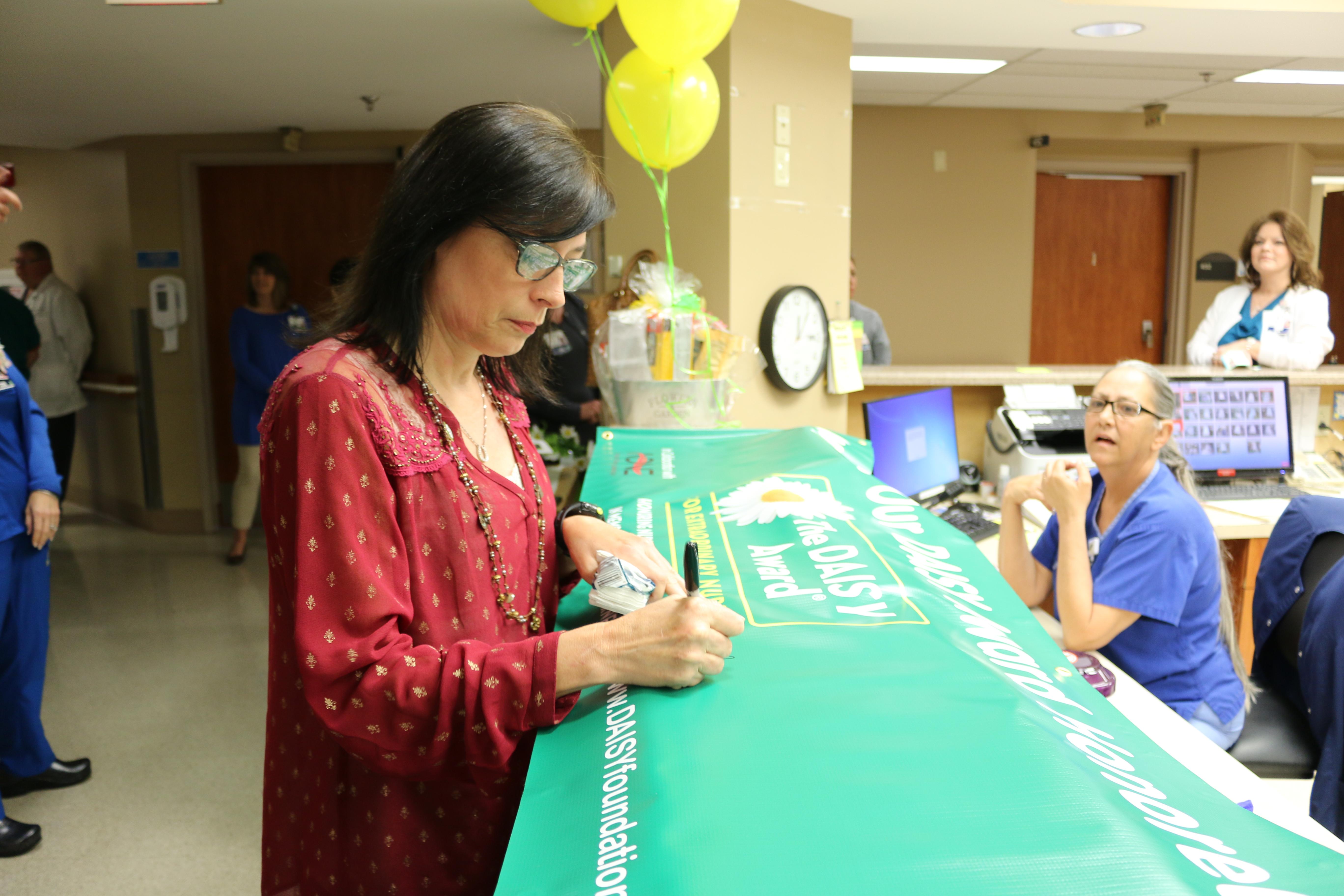 Daisy award signing banner