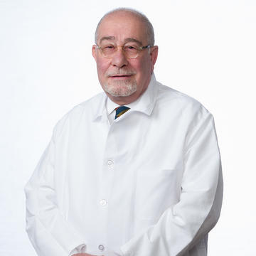 Vaghenag Tarpinian, MD